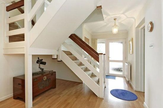 This is a better version of our staircase - 1970s architect-designed property in Great Missenden, Buckinghamshire
