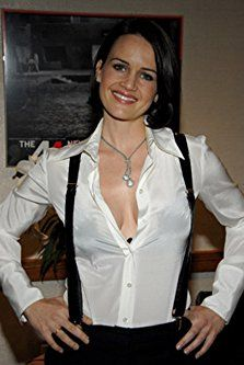Carla Gugino at an event for Volver (2006)