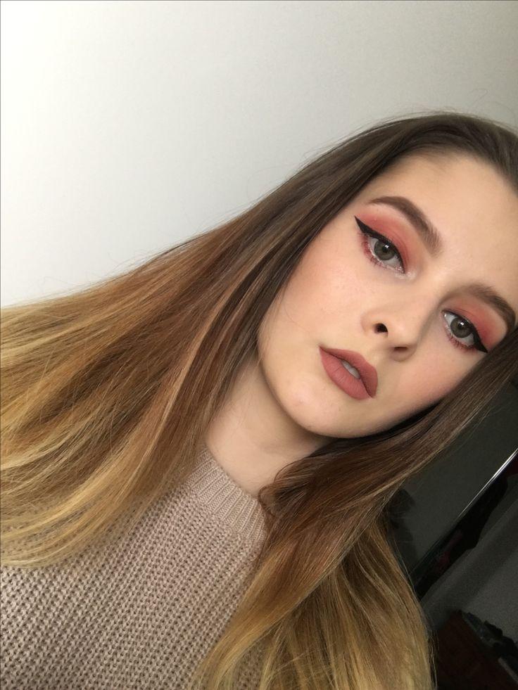 Burgundy matte makeup