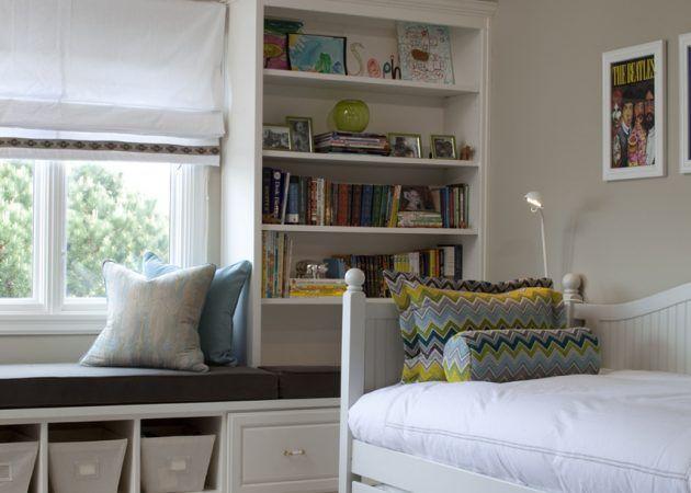 Забудьте о привычных решениях. Немного экспериментов, и крошечная спальня наполнится светом, станет стильной и воздушной.