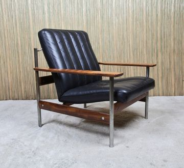 Armchair Model 1001 designed by Sven Ivar Dysthe in 1959, produced at Dokka Møbler - Norway. In production from 1959/60 and the 1001 series was most probably officially shown for the first time during the furniture fair in Köln, January 1960. Leather, steel and rosewood.