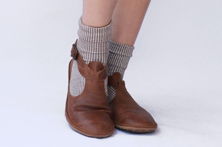 Image of Flat leather shoes - Cut-out in Brown