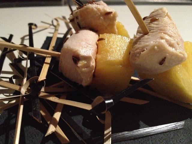 spiedini di pollo e ananas al cumino - italian food, love italy