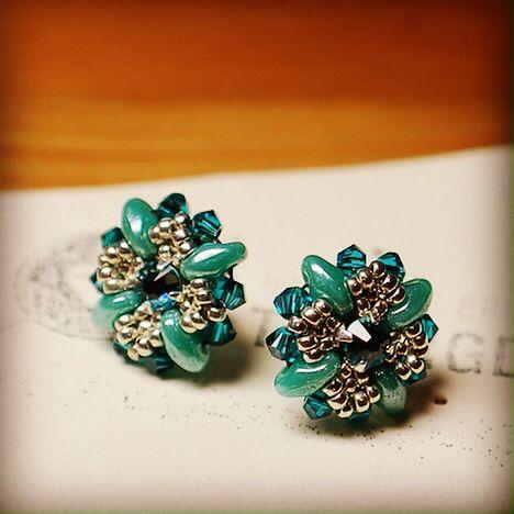 Handmade Swarovski earrings http://thebigday.ro/