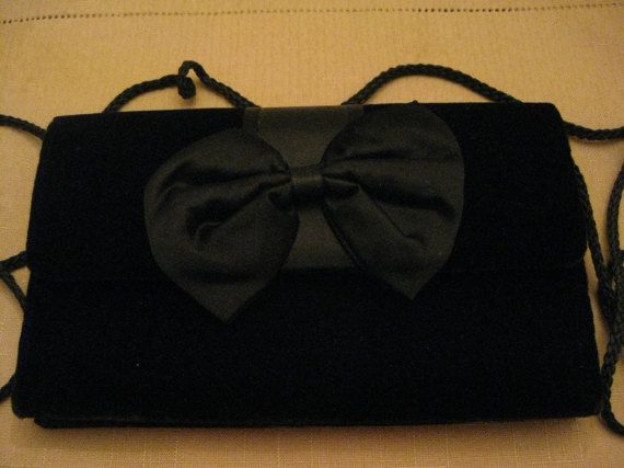 Un Used Vintage Black Velvet Satin Bow by vtseredipityboutique