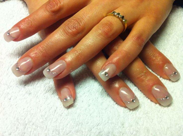 #nailart #beauty #nagels #inspiratie #bruidsnagels www.trouwbeursalkmaar.nl