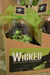 Wicked Cupcakes! Look at this @alexandria nagel nagel Barnes-Lover & @Julie Forrest Forrest Rakes