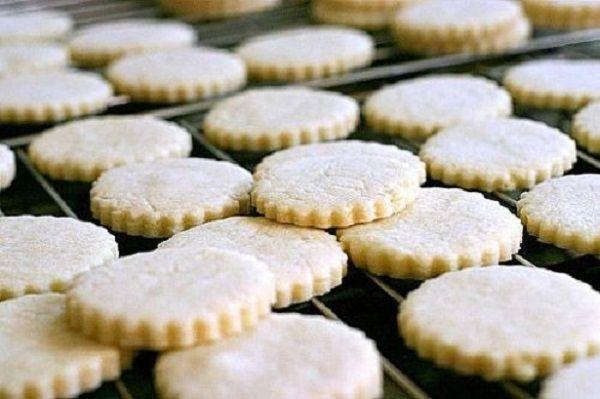 Если уж говорить о домашнем печенье, то я выбираю эти 5 рецептов! Пировать так пировать.