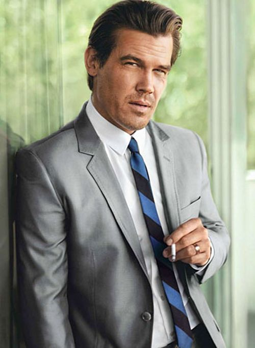 Brolin In Talks For Jurassic World - Josh Brolin is in talks to join Jurassic World, the fourth movie in Universal's dyno-mite franchise. No details on role specifics are available, but Brolin will, of course, be playing the male lead. Should Brolin's deal go through he'll be starring opposite Bryce Dallas Howard,...