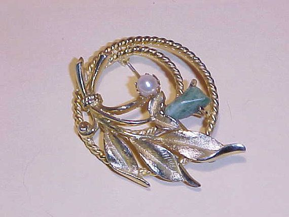 Vintage sarah coventry brooch jade garden pearl gold tone for Vintage sarah coventry jewelry catalog
