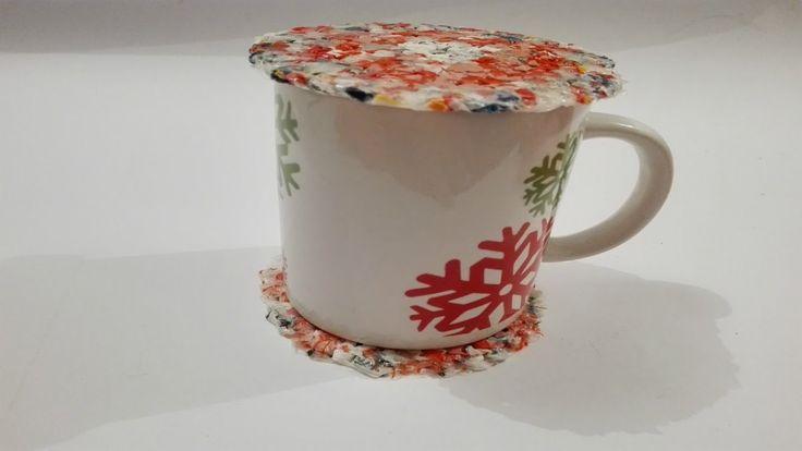 CUP HOLDER (recycled)/ PORTA VASO Y CUBRE , CON BOLSA RECICLADA   Josefa...