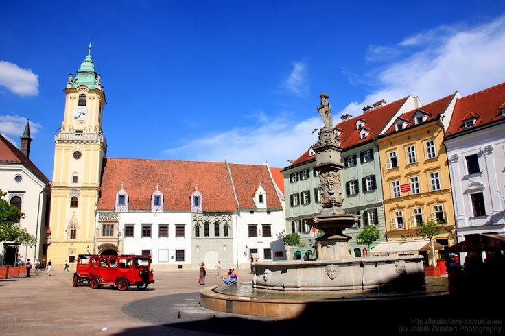 Old town hall and Roland's fountain on #Bratislava main square. More on http://bratislava-slovakia.eu/about-bratislava/bratislava-city-parts/old-town