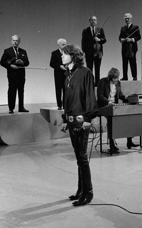Jim Morrison and Ray Manzarek. The Doors perform on the Smothers Brothers Comedy Hour.