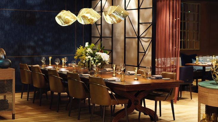 Neoz's Cooee 2c Brass at Mode Kitchen & Bar, Four Seasons Hotel Sydney