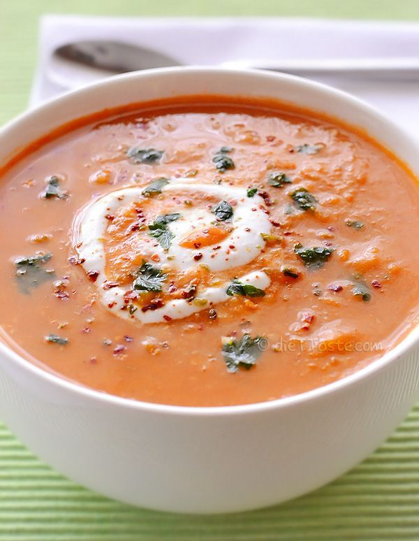 Spicy Red Lentil Soup by diettaste: Red lentils, carrots and spices will certainly warm you up this winter. #Soup #Lentil #Carrot #Healthy