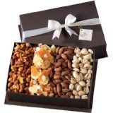 Broadway Basketeers Gourmet Fruit and Nut Gift Basket (Grocery)By Broadway Basketeers