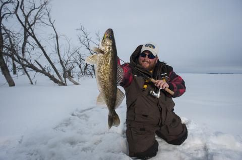 7 best images about ice fishing in north dakota on for South dakota ice fishing guides