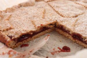 Crostata al grano saraceno e marmellata di lamponi