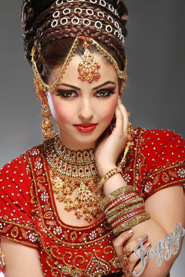 Chandni Singh Bridal Makeup Price & Reviews Indian