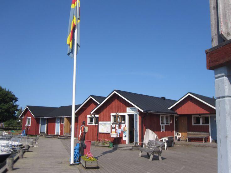 Hamnvakts stuga vid Hotel Brudhäll, Kökar #aland #fillarilla