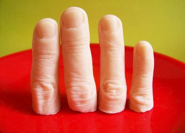 Wash your hands...WITH YOUR FINGERS!! (soap): Creepy Finger, Ideas, Fingers, Finger Soaps, Soap Finger, Severed Finger, Products, Halloween
