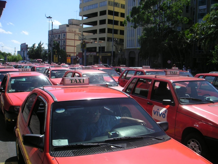 Taxis Rodoviaria de Porto Alegre