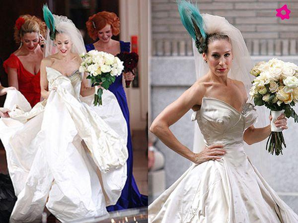 """Sarah Jessica Parker como Carrie Bradshaw no filme """"Sexo e a Cidade"""", com um vestido de noiva desenhado por Vivienne Westood. #casamento #filme #SexoeaCidade #SarahJessicaParker"""