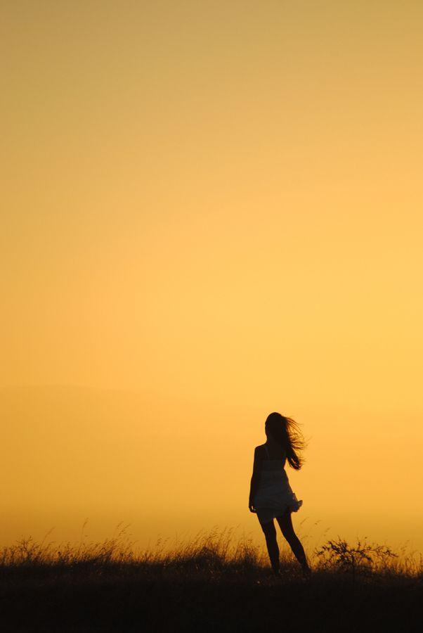 Sunset girl by Laurette van der Merwe, via 500px