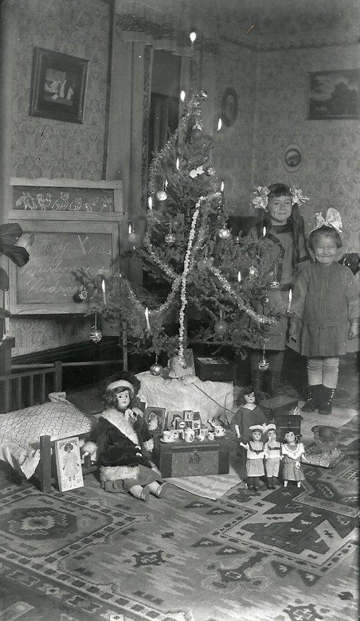 Vintage Christmas Photograph ~ Murnie and Nedra Treace. Christmas Day: 1912