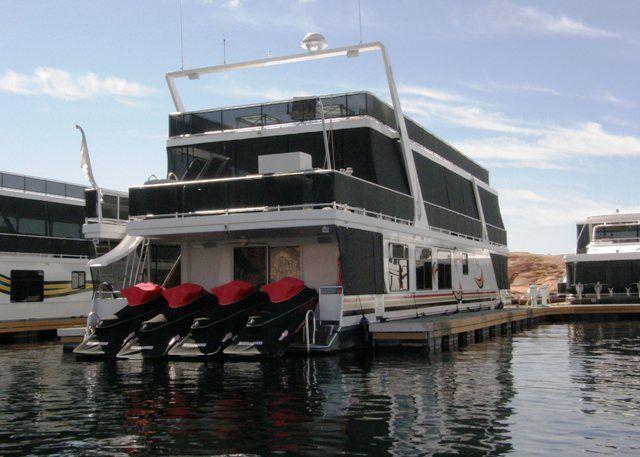 Houseboats Houseboats At Lake Powell