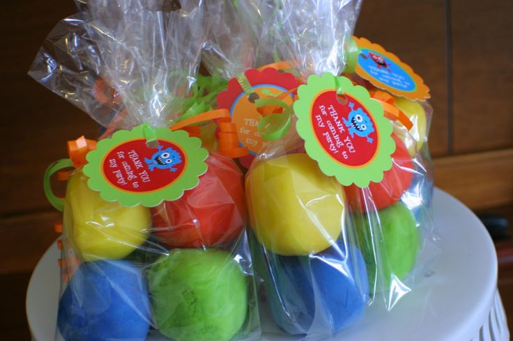 "homemade play-doh party favors - or why not use for halloween ""treats"", valentines and more!"