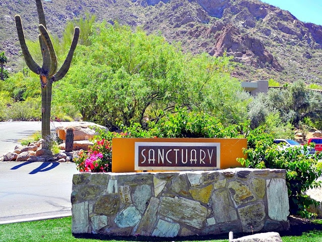 Spring Spa Series: Sanctuary on Camelback Mountain - A Little Bite of Life (4/29/13)