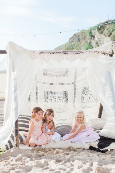 Bohemian England beach wedding: http://www.stylemepretty.com/little-black-book-blog/2014/08/04/bohemian-england-beach-wedding/ | Photography: http://www.camillaarnholdphotography.com/