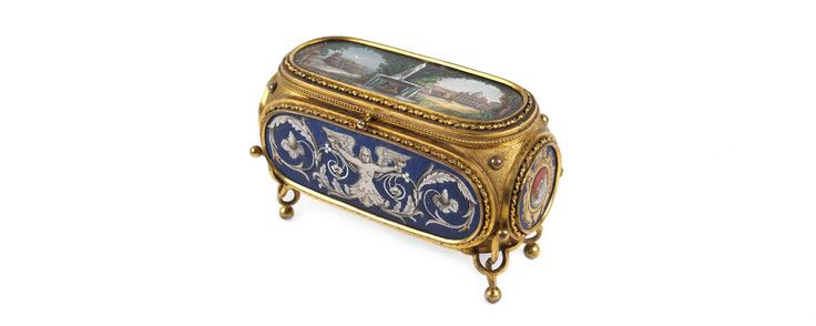 #MarchAuction26 Preview An Italian micromosaic and metal gilt box, Rome late19th century. With original case signed Cesare Salandri, Rome.