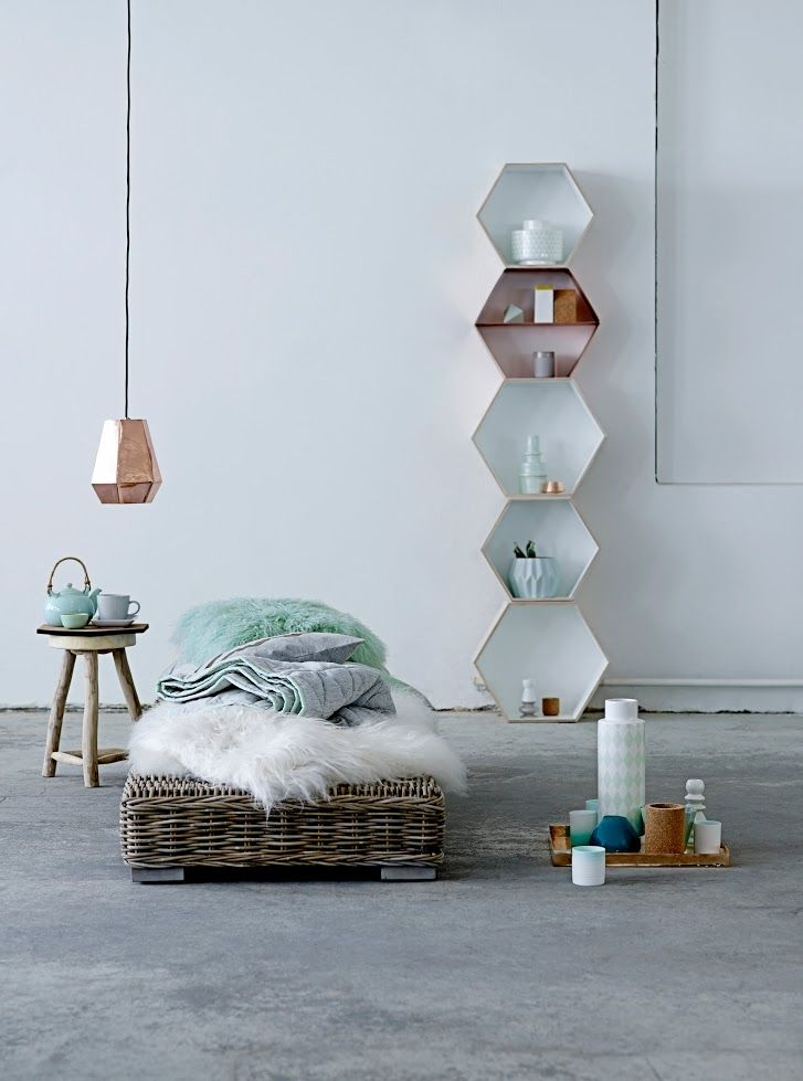 Mintgroene accessoires in de slaapkamer | Mint green accessories in the bedroom | Bloomingville