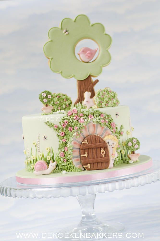 The Secret Garden cake. Love the cookie cake toppers!