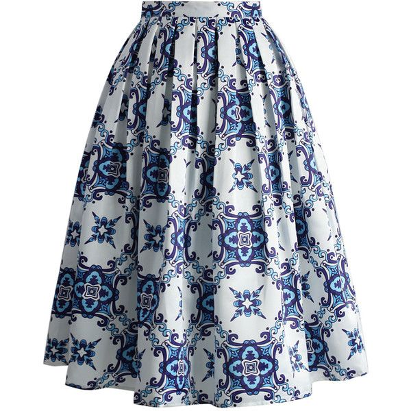 Chicwish Blue Kaleidoscopic Pleated Midi Skirt ($40) ❤ liked on Polyvore featuring skirts, blue, midi skirt, blue knee length skirt, mid-calf skirt, blue pleated skirt and calf length skirts