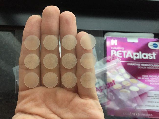 Dica de produto que funciona como curativo e protege a pele de acne e espinhas