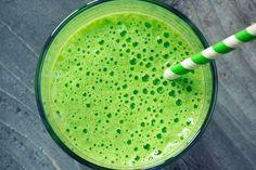 Suco de abacaxi para cólica menstrual