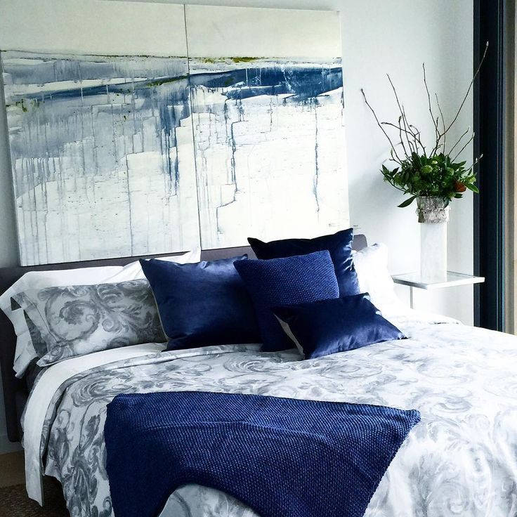 85 best images about p bedrooms on pinterest padded for Cobalt blue bedroom ideas