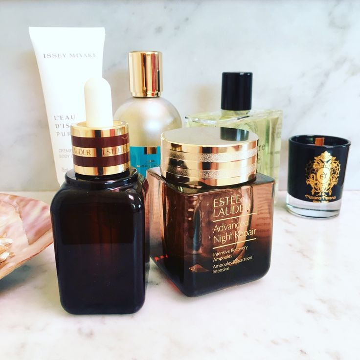 Switching my skincare routine into a never ending source of beauty. Combining the real recovery power of both Estee Lauder Advanced Night Repair Serum and ultimate Intensive recovery Ampoules night treatment. Read more on The Beauty Cove