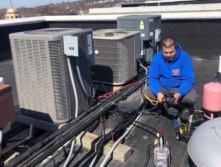 Calling In The Pros On Hvac Repairs Vasi Refrigeration In 2020 Hvac Repair Air Conditioner Installation Hvac