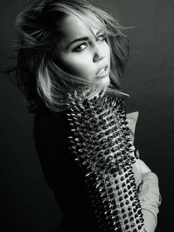 Miley-Cyrus-–-Marie-Claire-Magazine-Photoshoot-5.jpg 1458×1944 pixels