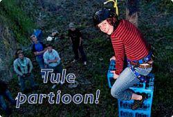 1)Opetuksellisewt leikit, sivun laidasta löytyy lisää muita leikkejä 2) Muita partioleikkejä http://fi.scoutwiki.org/Luokka:Leikit 3)http://ohjelma.partio.fi/index.php?title=1.5.5._Leikit