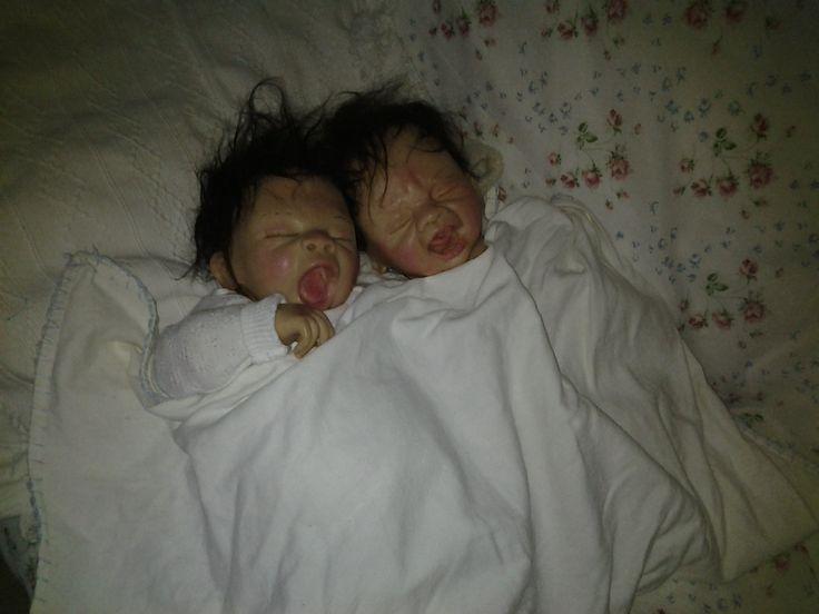 Ooak realistische handgeboetseerde babytweeling, 47 cm, ecgt haar!
