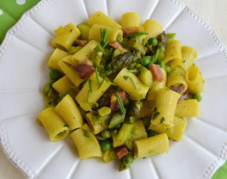Un'eccellenza italiana condita con legumi e verdure di stagione per fare il pieno di energie e contrastare la stanchezza. La ricetta della foodblogger Roberta Morasco