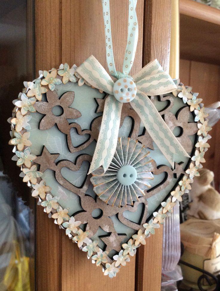 Filigree heart decoration (side 2) - eau de nil collection