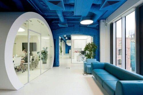 Asa sa-mi arate biroul! Ok, dupa ce castig la loto!:)))see the story on emmazeicescu.ro #lovetowork #design #emmazeicescuro