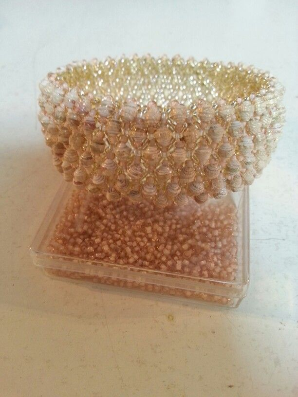 Bracciale capricho con perle di carta da parati più piccolo