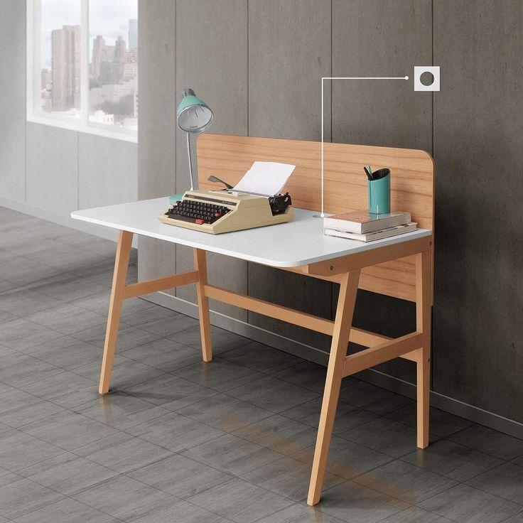 """""""Bikin kantor dirumah? Tiffany Office Desk. Kaki kayu mahoni di-stain warna natural, back panel ala meja kerja dikantor dengan warna serat kayu dan dapat…"""""""